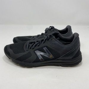 New Balance Women's Black Sneakers Size 7 A126